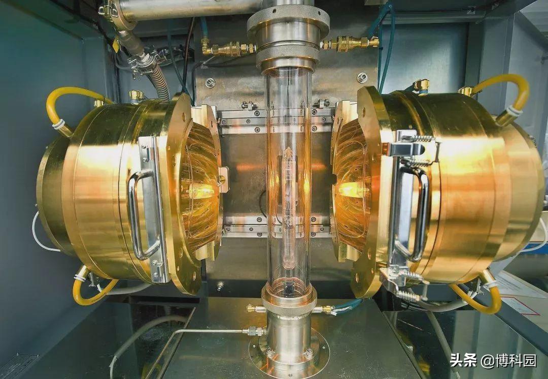 """超导电子对在物理上是分开的,但却通过量子纠缠""""连接""""在一起"""