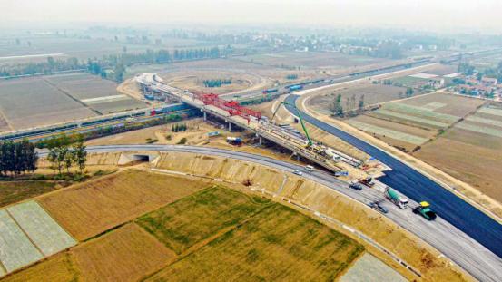 济徐高速公路顺河互通工程建设进展顺利