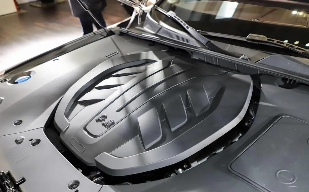 这款中国豪华品牌轿车售价接近50万,它与BBA之间如何选择?