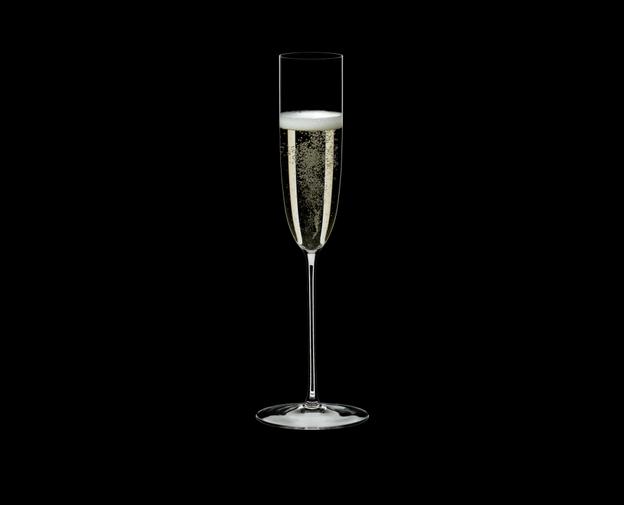 喝香槟,你是否选对酒杯?