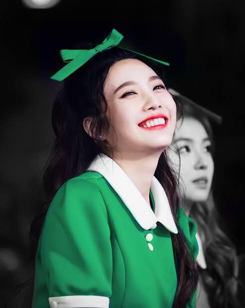 盘点:5个对自己长相绝对自信的韩国偶像 发自内心的欣赏超可爱