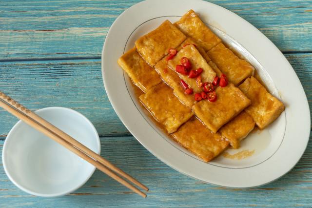 震惊!吃了半辈子煎豆腐,第一次见这种做法,上桌后连汤汁都抢没 美食做法 第9张