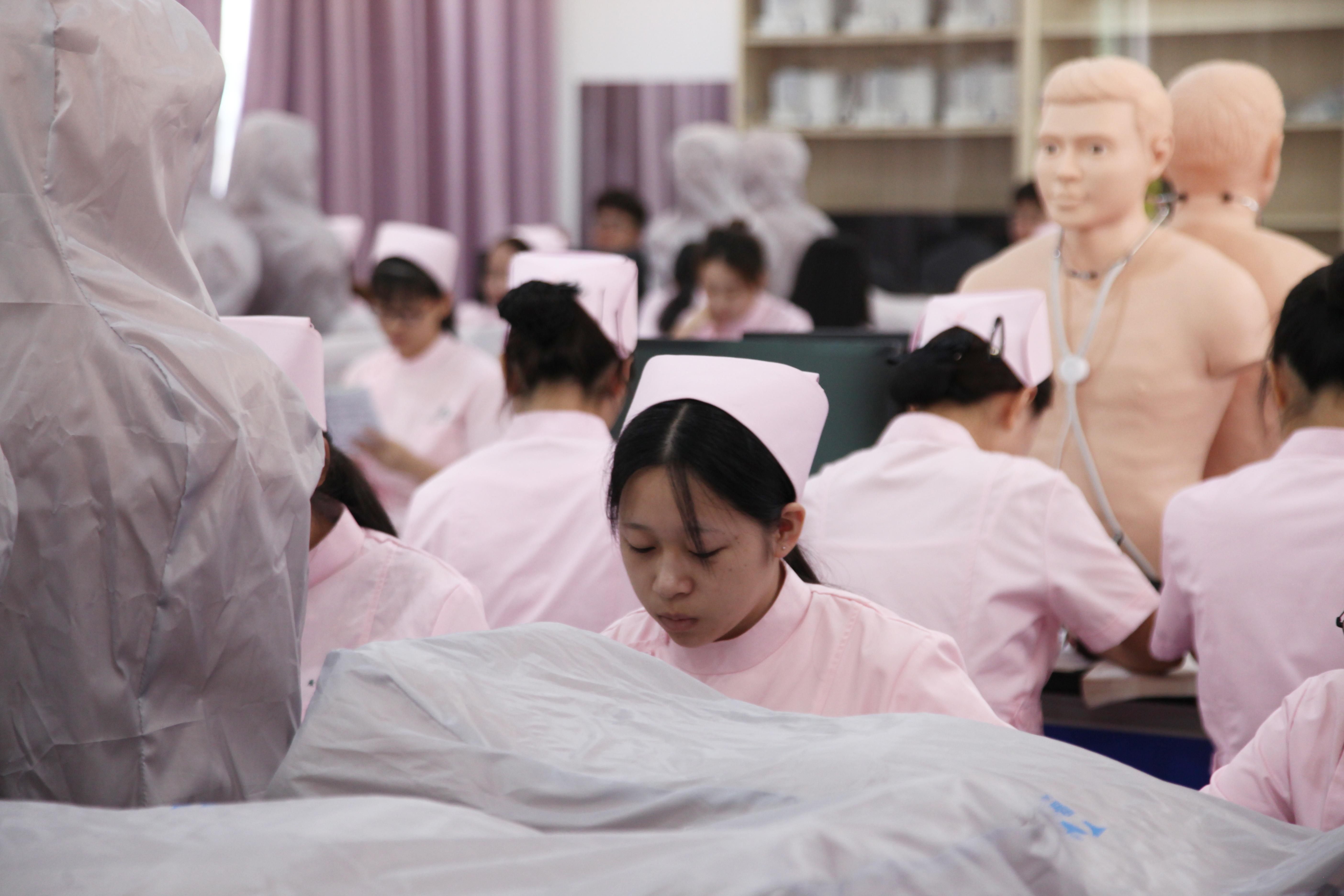 快看,特色明显就业便捷的广州康大职院招生了