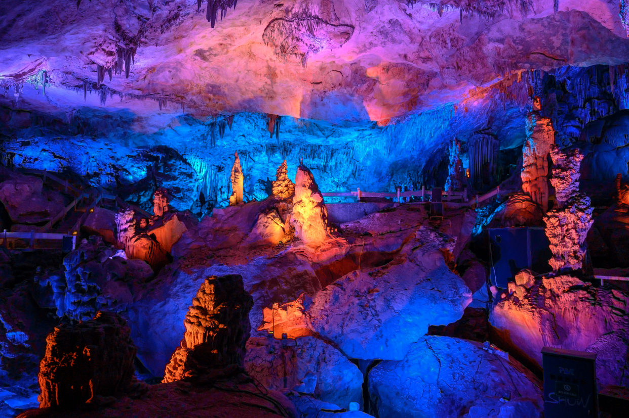 """杭州桐庐有一处""""仙境"""",大自然的鬼斧神工,堪称全国诸洞之冠"""