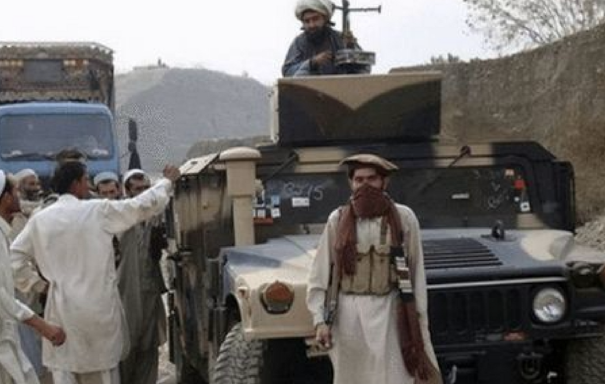 """830亿美军装备去哪了?美媒爆料:""""美式军火店""""在阿富汗开张"""